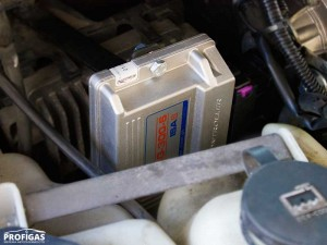 Hummer H3: для установки ГБО 4 поколения на 5 цилиндровый мотор выбрали электронный блок управления STAG-300 ISA2 6 цилиндров.Hummer H3: для установки ГБО 4 покоління на 5 циліндровий мотор вибрали електронний блок управління STAG-300 ISA2 6 циліндрів.