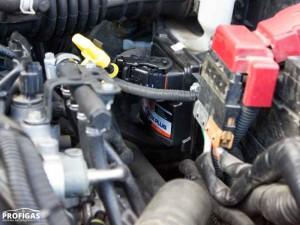 Nissan Juke: управляет работой газобаллонного оборудования STAG-4 QBOX PLUS.Nissan Juke: керує роботою газобалонного обладнання STAG-4 QBOX PLUS.