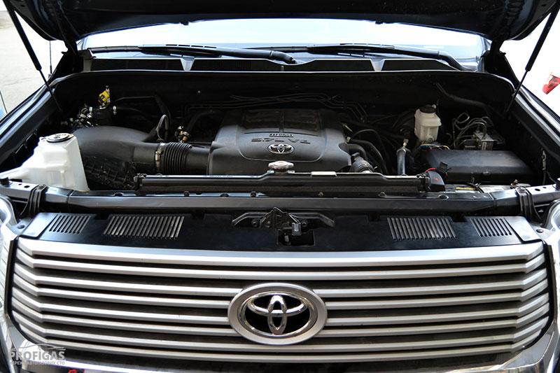 Toyota Tundra: ГБО на 5,7-литровый V8.Toyota Tundra: ГБО на 5,7-літровий V8.