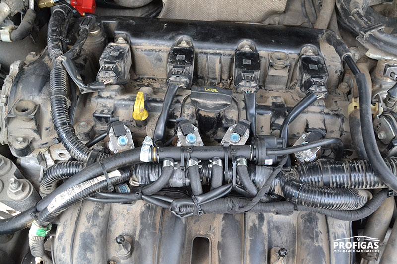 Mazda CX-5: высокоскоростные газовые форсунки STAG W03.Mazda CX-5: високошвидкісні газові форсунки STAG W03.